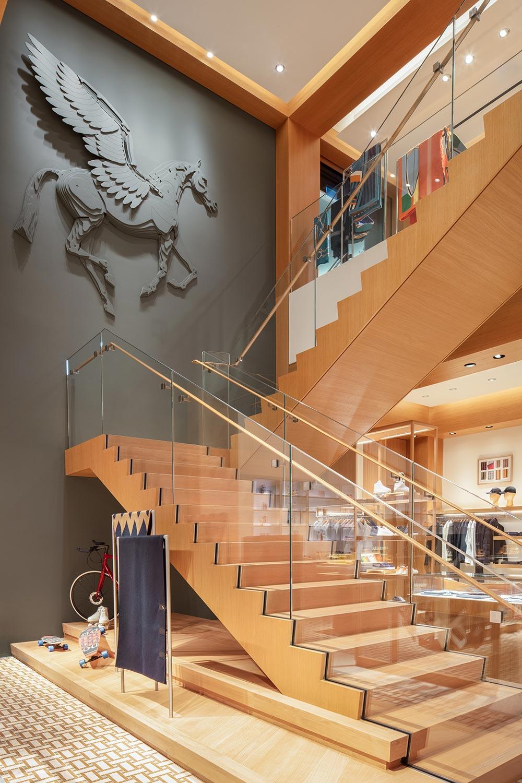 Escalier du magasin de Vancouver au Canada